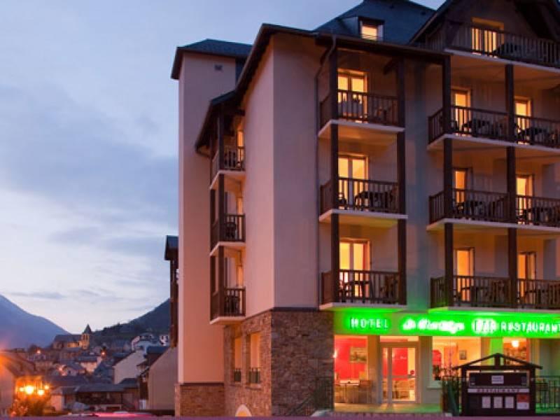 Hotel Montaigu Luz Saint Sauveur